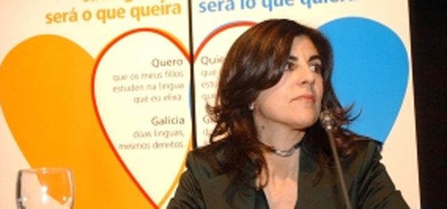 Gloria Lago recrimínalle aos galegos que non lle dean nin asgrazas
